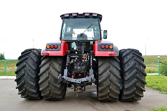 фото трактора Беларус 3522