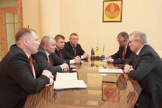 Росагролизинг и МТЗ укрепляют сотрудничество по поставке техники в РФ