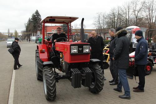 Вслед за инновациями - Минский тракторный завод устанавливает на технику немецкие моторы.