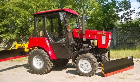 трактор 320 4 обзор