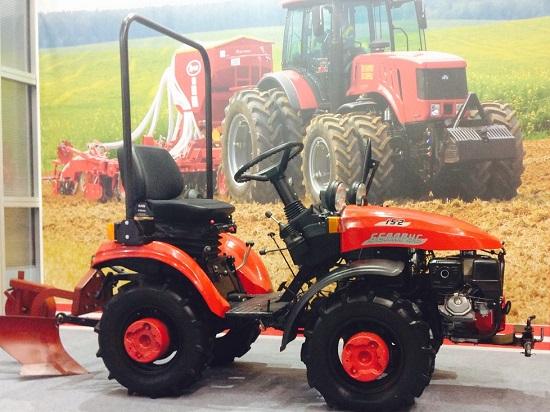 В Каракалпакии откроют СП тракторов МТЗ