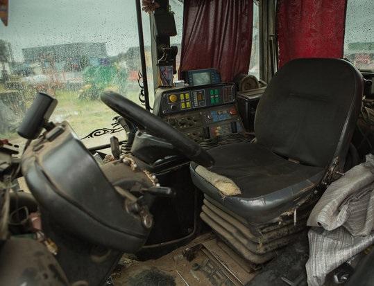 салон трактора мтз